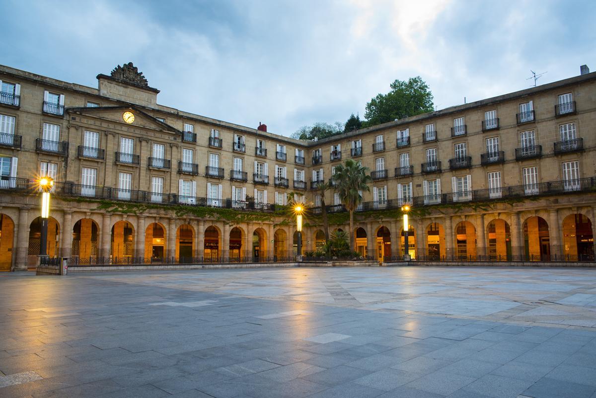 Aparcar Gratis Bilbao Plaza Nueva