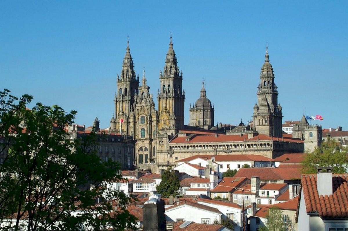 Saiba onde y como estacionar grátis em Santigo de Compostela
