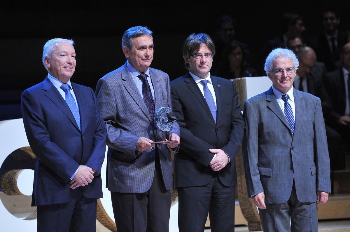 """La patronal CECOT entrega el premio """"Valor de emprender"""" a Parkimeter"""