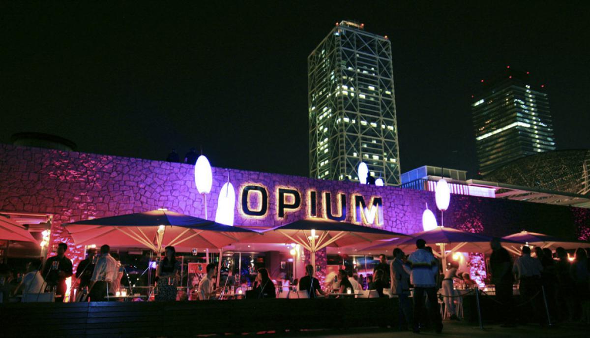 Opium c'est l'un des clubs les plus grands de la ville