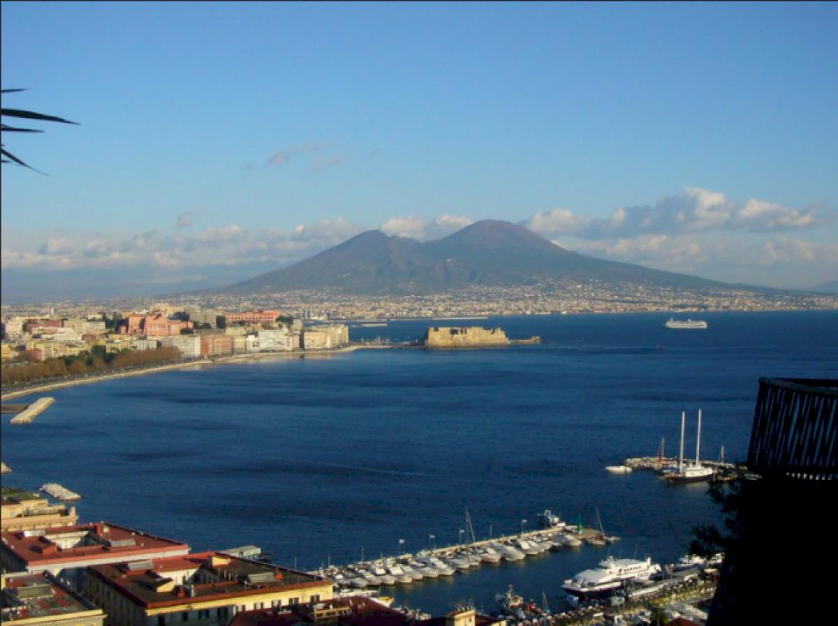 Consigli per parcheggiare gratis a Napoli