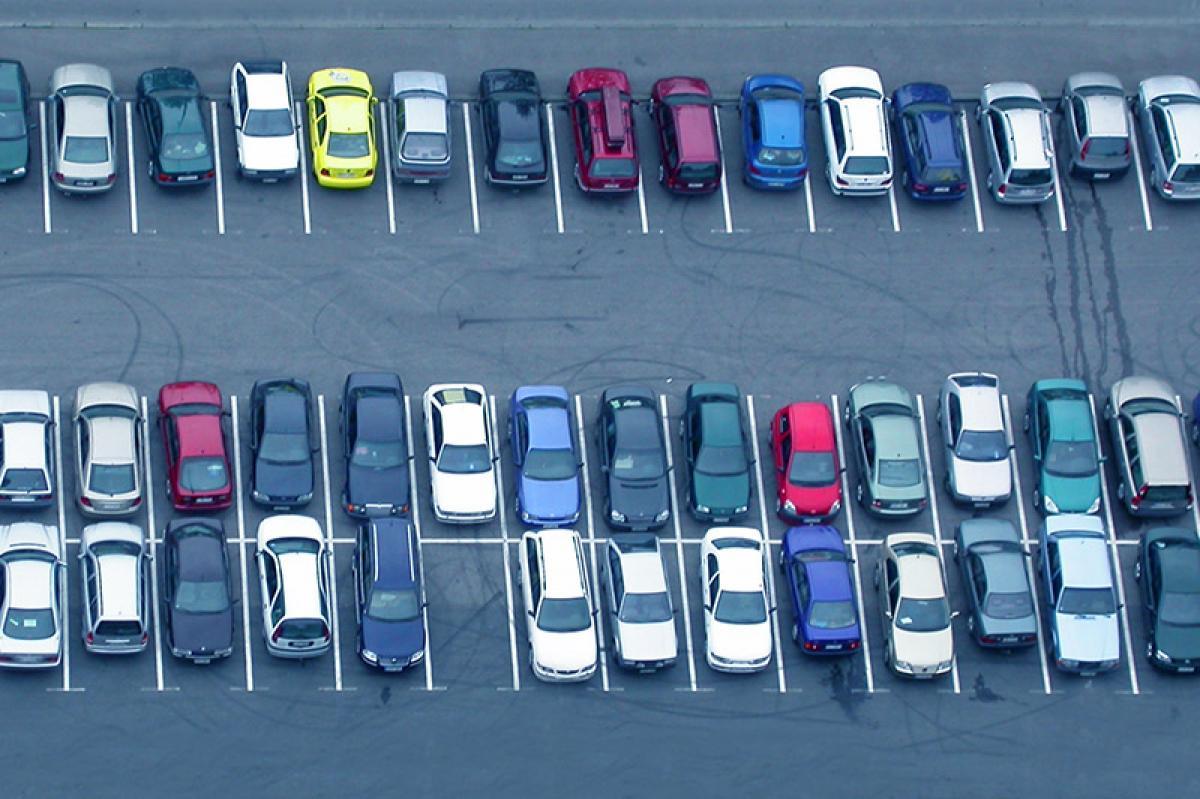 Red más grande de aparcamiento: ciudades congestionadas