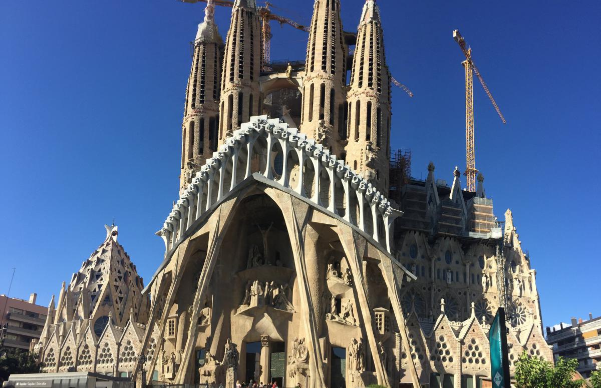 La Sagrada Familia ospita ogni anno più di 3 milioni di persone