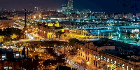 """Roteiro de 2 días para conhecer o """"imperdível"""" de Barcelona"""