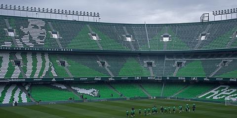 Dónde aparcar gratis en Sevilla para disfrutar del fútbol