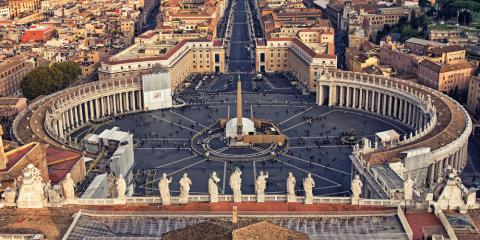 Tips on where and when to find free parking in Rome