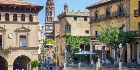 Visitez le Poble Espanyol et découvrez tous les styles architecturaux espagnols!
