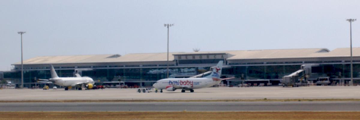 Aeropuerto de Menorca (MAH)