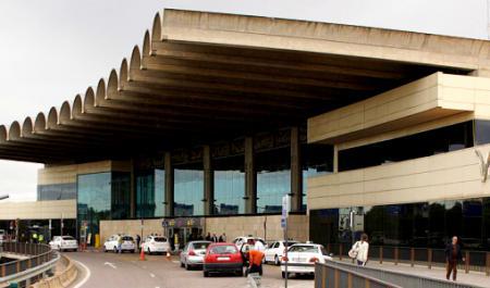 Valencia-Manises Airport (VLC)