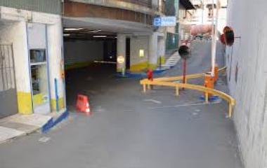 Reservar una plaça al parking Sassetti