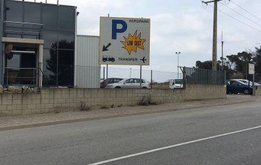 Prenota un posto nel parcheggio Aeropark Shuttle Girona-Costa Brava