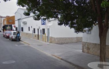 Réservez une place dans le parking LowCostParking Descubierto  Aeropuerto Valencia - Shuttle