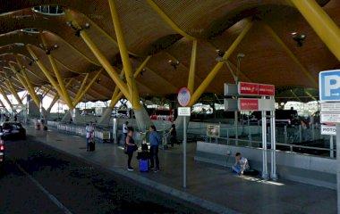 Prenota un posto nel parcheggio Barajas-T4 Exterior - Viparking