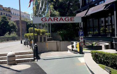 Reservar una plaza en el parking Jolly Garage