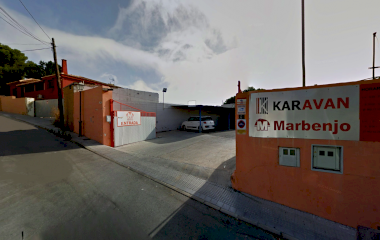 Prenota un posto nel parcheggio Marbenjo descubierto