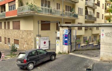 Book a parking spot in Autorimessa Garage Giovagnoli car park