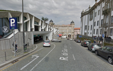 Prenota un posto nel parcheggio SABA Parque da Praça de Lisboa