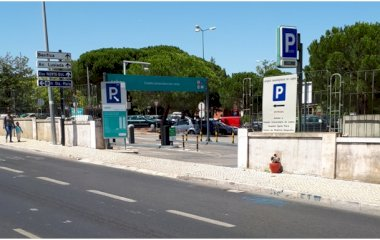 Reservar una plaça al parking SABA Parque do Estádio Universitário