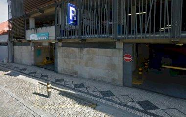 Забронируйте паркоместо на стоянке SABA Parque do Mercado P2