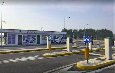 Book a parking spot in Quick Aeroporto Linate Milano car park