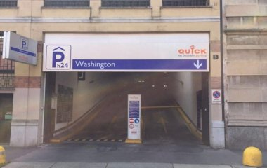 Reserve uma vaga de  estacionamento no Quick Washington Milano