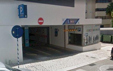 Reservar una plaza en el parking Placegar Parque Edificio Neopark