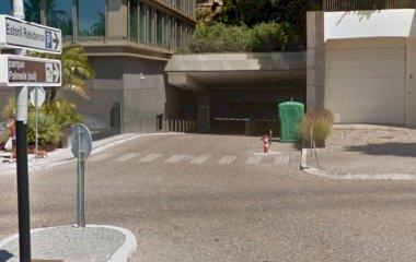 Reservar una plaza en el parking Placegar Parque Estoril Residence