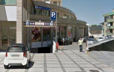 Book a parking spot in Parque Dom João I car park