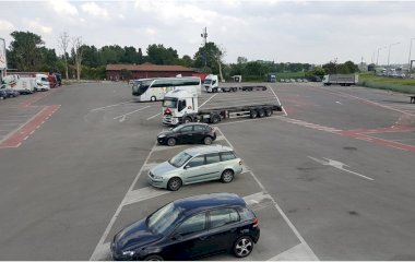 Book a parking spot in Emilia Park car park