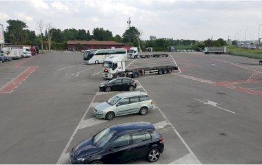 Reserve uma vaga de  estacionamento no Emilia Park