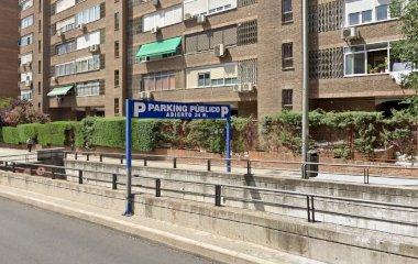 Prenota un posto nel parcheggio Fernández Shaw