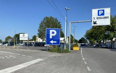 Book a parking spot in Marive Transport Ferry-Shuttle car park