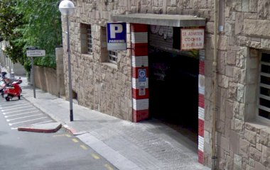 Reserveer een parkeerplek in parkeergarage Muntaner - Tavern