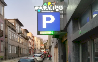 Reservar una plaza en el parking Porto Art