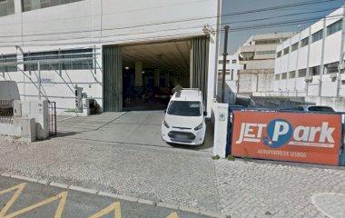 Réservez une place dans le parking Jetpark - Shuttle - Coberto