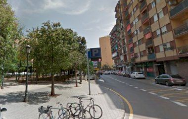 Buch einen Parkplatz im APK2 AVE Joaquín Sorolla - Jerónimo Muñoz Parkplatz.