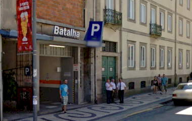 Book a parking spot in Parque da Batalha car park