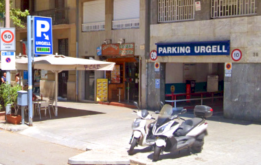 Book a parking spot in COEN Urgell car park