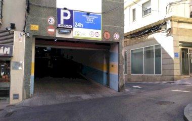 Book a parking spot in Centro - Mercado car park