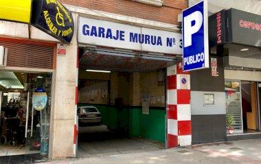 Book a parking spot in Cea Bermúdez 36 car park