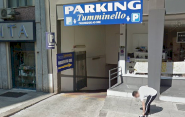 Reservar una plaza en el parking Tumminello Via Roma
