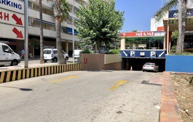 Reservar una plaza en el parking Cristamar