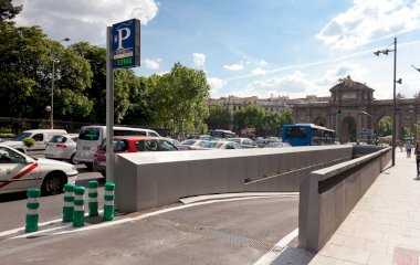 Reservar una plaça al parking Serrano Retiro