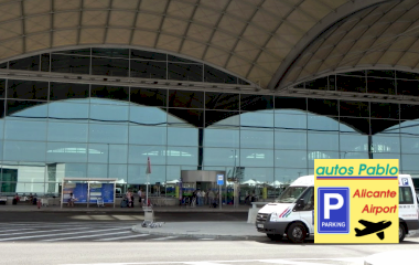 Book a parking spot in Autos Pablo Alicante Airport - Valet - Interior car park