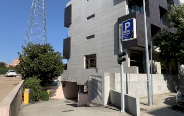Reserve uma vaga de  estacionamento no Hotel Eurostars Oporto