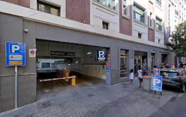Book a parking spot in Doctor Cortezo 10 car park