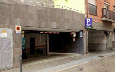 Book a parking spot in Parking Neptú car park