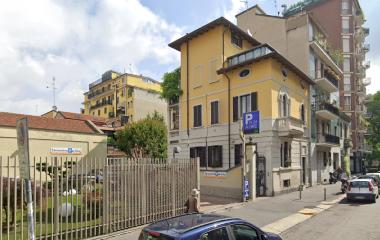 Réservez une place dans le parking Sansovino Parking