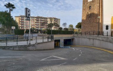 Reservar una plaça al parking Plaza San Juan Bosco
