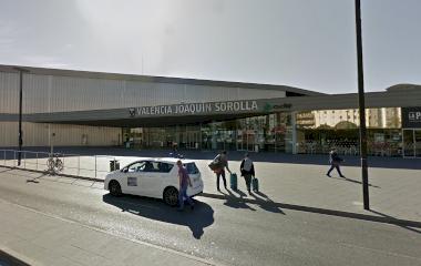 Buch einen Parkplatz im Viparking Estación Joaquín Sorolla VALET Parkplatz.